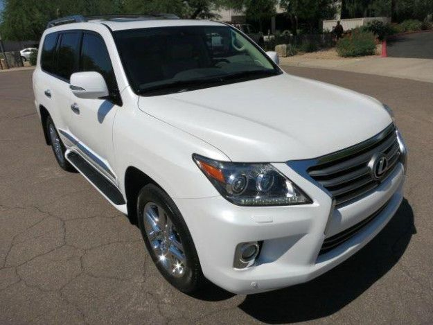 2013 LEXUS SERIES LX 570 - CHEAP PRICE.